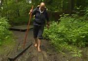 Aldo Berti wanderte mehr als 2000 Kilometer barfuss. Damit hat er den Weltrekord im Barfusswandern gebrochen. (Bild: Screenshot ard.de)
