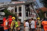 Die Organisation durch «Feuerwehr 2015» stösst beim Regierungsrat auf Zustimmung. Hier der Brand des Restaurants Aiola im August 2008 in Sarnen. (Bild Robert Hess/Neue OZ)