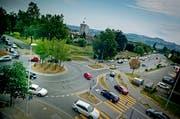 Bei der Verkehrsentwicklung arbeiten die sechs Sursee Plus Gemeinden künftig enger zusammen. Im Bild der Bifang-Kreisel in Sursee. (Bild: Pius Amrein / Neue LZ)