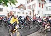 Auf die Biker wartet eine 25 Kilometer lange Strecke. (Bild: Patrick Hürlimann (Zug, 20. Juni 2016))