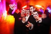 Vampirgruppe am Luzerner Fasnachtsball. (Bild Philipp Schmidli/Neue LZ)