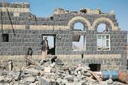 Bild der Zerstörung in der jemenitischen Hauptstadt Sanaa. (Bild: Hani Mohammed/AP, 16. Februar 2017)
