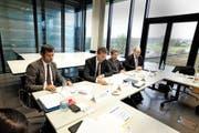 Von links: Andreas Möller, Mathias Kammüller, Hans Marfurt und Stefan Gryglewski vom Trumpf-Management an der gestrigen Medienkonferenz.Bild: Bernard Marks (Baar, 10. November 2016)