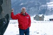 Norbert Stebler wird sein selbst gebautes Haus bald abbrechen müssen. (Bild Urs Rüttimann/Neue NZ)