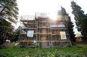 Das Anfang April 2017 besetzte Gebäude an der Obergrundstrasse 99. (Bild: Dominik Wunderli (Luzern, 3. April 2017))