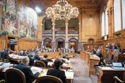 Mitglieder des Ständerats investieren mehr als 70 Prozent ihrer Zeit für die Arbeit im Parlament. (Bild: Anthony Anex/Keystone (Bern, 6. März 2017))