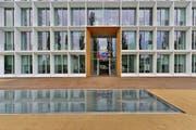 Aussenaufnahme des Emmi-Hauptsitz im Tribschenquartier in Luzern. (Bild: PD)