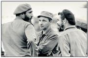 Als sie Revolution machten (v. l.): Fidel, Raùl, Che (Bild Salas) (Bild: Thomas Bornhauser)