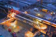 Einbau der SBB-Brücke am Seetalplatz. (Bild: Videostill)