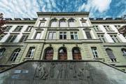 Bildungshaus mit ungewisser Zukunft: die Kantonsschule Musegg in der Stadt Luzern. (Bild: Roger Grütter (29. September 2017))