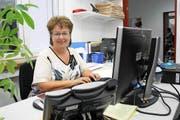 Blanca Imboden im Redaktionssekretariat der «Neuen Schwyzer Zeitung». (Bild Irene Infanger)
