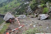 Rund 200 Kubikmeter Felsbrocken aus der Abbruchstelle drohen nachzurutschen. (Bild: PD)