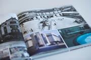 """Im Buch finden sich beispielsweise Bilder der ehemaligen """"EPA"""" und des Zuger Bahnhofs. (Bild: Maria Schmid (Neue Zuger Zeitung))"""