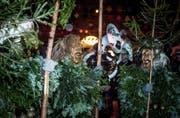 Zur Tagwache in Willisau gehören die Enzilochmannen mit ihren Tannli ebensno dazu wie die Guuggenmusigen. (Bild: Nadia Schärli (Willisau, 8. Februar 2018))