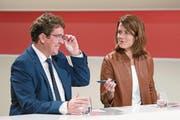 SVP-Präsident Albert Rösti und FDP-Präsidentin Petra Gössi. (Bild: Keystone (Bern, 24. September 2017))