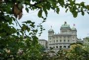 Das Objekt der Begierde: 4000 Schweizerinnen und Schweizer wollen bei den kommenden Wahlen den Sprung ins Bundeshaus schaffen. (Bild: EQ / Gonzalo Garcia)