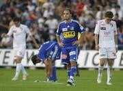 Ratlose Luzerner (Paquito vorne und Renggli) nach dem Spiel gegen Sion. (Bild Keystone)