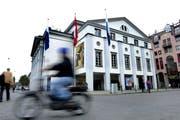 Das Luzerner Theater an der Reuss. (Bild: Nadia Schärli/Neue LZ)