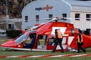 Der Rega-Helikopter hat bei der Landung hart aufgesetzt. (Bild: Keystone / Urs Flüeler)