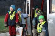 Für sie ist Gondelbahnfahren Alltag: Simon, Andrea, Fabio und Severin Arnold (von links). (Bild Roger Zbinden/Neue NZ)