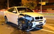 An den Fahrzeugen entstand ein Schaden ... (Bild: Luzerner Polizei)