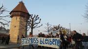 Studierende der Fachhochschulen und der Universität Luzern demonstrieren am Donnerstagabend für Erasmus. (Bild: Leserbild Florian Mauchle)