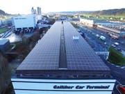 Die Anlage deckt den Energiebedarf des Gebäudes ab und kann zusätzlich 148 Elektroautos mit Strom versorgen. (Bild: PD)