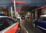 Die Delle am Mobiliar-Gebäude an der Obergrundstrasse / Ecke Pilatusstrasse. (Bild: Luzernerzeitung.ch)