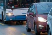 Der Verkehr in Luzern stockt seit Stunden. (Bild: Archiv / Neue LZ)