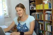 Ausgezeichnet für die hohe Qualität ihrer Schreibarbeit: Martina Clavadetscher, hier im Herbst 2009 in ihrem Arbeitszimmer. (Bild: Daniela Bellandi / Neue SZ)