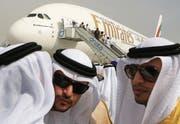 Der Poker ist zu Ende: Airbus kann die Produktion des A380 dank der Bestellung von Emirates aufrechterhalten. (Bild: Kamran Jebreili/AP Photo (Dubai, 17. November 2017))