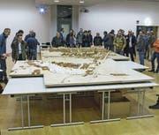 Das eindrückliche Modell der Stadt Zug im Massstab 1:500 soll am neuen Standort für die Öffentlichkeit jederzeit zu besichtigen sein. (Bild: Reinhard Zimmermann/PD)