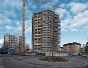 Der Fanghöfli-Wohnturm in Littau. (Bild: Nadia Schärli (2. Februar 2018))