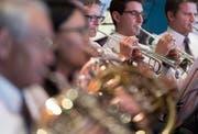 Die Musikgesellschaft Schüpfheim im Wettspiellokal Casino in Montreux. (Bild Keystone / Laurent Gilliéron)