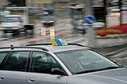Das neue Taxireglement verstösst laut Kantonsgericht nicht gegen Bundesrecht. (Bild: Pius Amrein / Neue LZ)