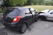 Die Lenkerin des schwarzen Autos war mit 1,57 Promille unterwegs. (Bild: Luzerner Polizei)