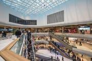 Die Mall of Switzerland am Eröffnungstag. (Bild: Dominik Wunderli (Ebikon, 8. November 2017))
