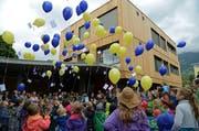 """Freude nicht nur bei den Schulkindern (An der Einweihung des neuen Kindergartens """"Schwesternhaus"""" in Kerns): Die Schulräte der Gemeinden kommen mit Leichtigkeit zu neuen Lehrpersonen. (Bild: Robert Hess / Neue OZ)"""
