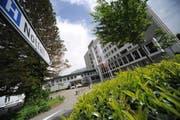 Möglichst viele Leistungserbringer (im Bild das Kantonsspital Uri in Altdorf sollen sich am elektronischen Patientendossier beteiligen. (Bild Urs Hanhart)