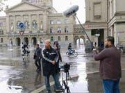 Der umstrittene deutsche Prediger Pierre Vogel in Bern. (Bild: Screenshot Facebook)