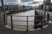 Der bauliche Gewässerunterhalt wird nach neuem Gesetz alleine vom Kanton gestemmt. Im Bild: Die Kleine Emme, an der diverse Hochwasserschutzprojekte geplant sind. (Bild: Boris Bürgisser (Emmenbrücke, 22. Februar 2017))