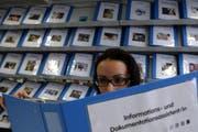 Die Zahl der offenen Lehrstellen ist im Kanton Zug stabil geblieben. (Symbolbild Neue ZZ)