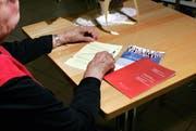 In den Abstimmungsunterlagen sollen auch «wesentliche Minderheiten» zu Wort kommen. (Bild: Werner Schelbert / Neue ZZ)