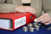 Der Kanton prüft, wo er Geld einsparen kann. (Symbolbild Philipp Schmidli / Neue LZ)