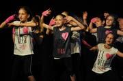 Die Dance Crew Gelfingen beim 1. School Dance Award in Luzern. (Bild: Corinne Glanzmann / Neue LZ)