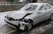 Eines der Fahrzeuge, das beim Unfall in Greppen beteiligt war. (Bild Luzerner Polizei)