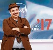 Sieger Ferdinand Schmalz beim Auftritt in Karlsruhe. (Bild: Keystone)