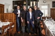 Das Führungsteam des Restaurants Helvetia (von links): Alois Keiser (Geschäftsführer der Gambrinus Gastronomie AG), Küchenchef Daniel Marti, stellvertretende Geschäftsführerin Sofia Matsiota und Geschäftsführer Serge Vollenweider. (Bild: PD)