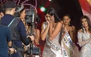 Kann ihr Glück bei der Wahl kaum fassen: Sthefany Gutiérrez (19), Miss Venezuela 2017. (Bild: Nathalie Sayago/Imago (Caracas, 9. November 2017))