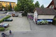 Für die Nutzung dieses gemeindeeigenen Grundstücks gibt es neue Ideen. (Bild: Werner Schelbert / Neue ZZ)